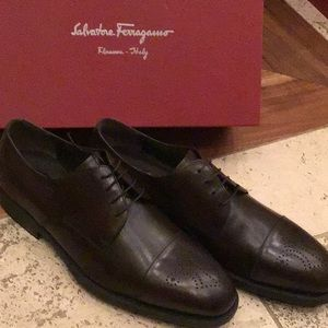 Salvatore Ferragamo Greta new in box